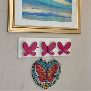 3 hook butterfly wooded wall mount clothe hanger